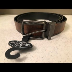 """NEW! MEN'S REVERSIBLE LEATHER BELT 52""""(END TO END)"""